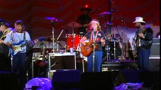 Willie Nelson - Stay A Little Longer (Live at Farm Aid 1985)