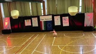 Dance For Life -Galambos Kata modern szóló  2 helyezett Zuglói Mikuláskupa