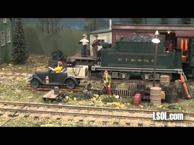 Garden Trains: G-Whiz Gang Indoor Large Scale Train Display