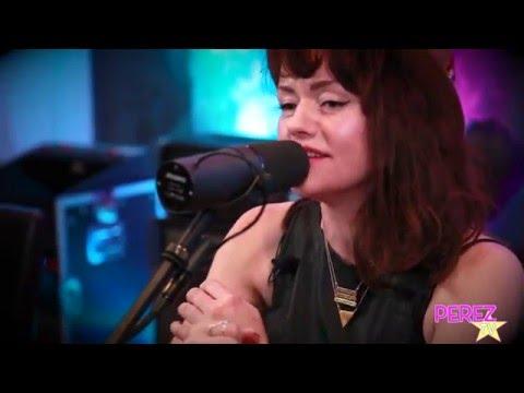 "Jennie Lena - ""I'd Rather Go Blind"" (Acoustic Perez Hilton Performance)"