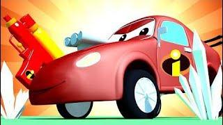 Tom la Grúa y el Coche de Carreras en Auto City Louie dibujame un tobogán dibujos animados para niñ