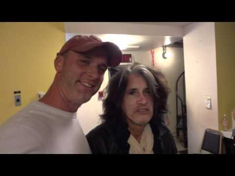 Joe Perry backstage 1