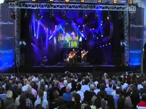 Larry Carlton Trio - Live Performance #1 - Estival Jazz - Lugano 2011