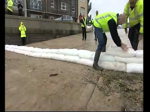 Sandless Sandbag - FloodSax-  flood defence that expand on contact with water