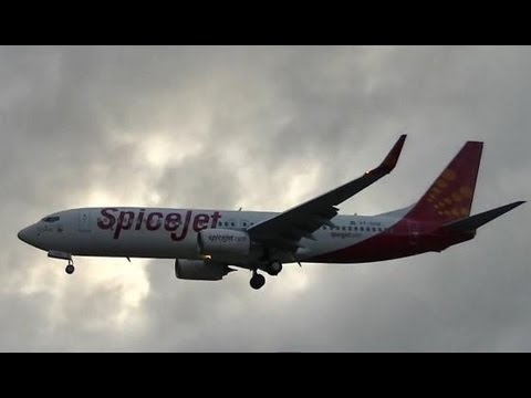 SpiceJet Boeing 737-8GJ Being Delivered !!!