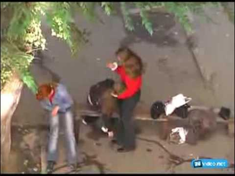 Смотреть видео Малолетние шалавы на попойку собрались.
