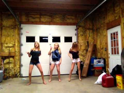 Akon-BananzaBelly Dancer(cover)
