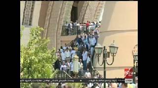 لحظة خروج جثمان محفوظ عبد الرحمن من مسجد الشرطة