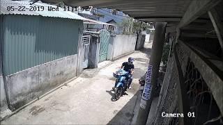 Trộm cướp xe máy giữa ban ngày còn chở theo em bé