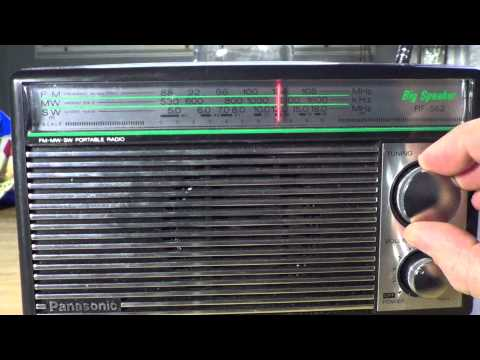 Shortwave radio tuning on Panasonic RF 562