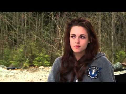Kristen Stewart Breaking