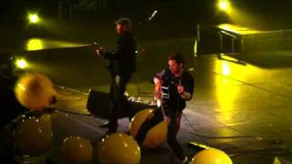 download lagu Coldplay - Yellow - Live In Melbourne gratis