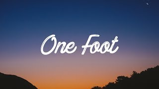 Download Lagu WALK THE MOON - One Foot (Lyrics / Lyrics Video) Gratis STAFABAND