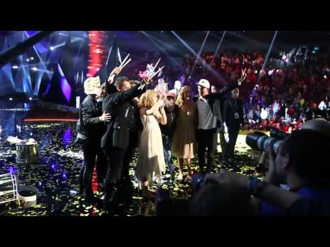 Emmelie backstage on night of victory - Only Teardrops (Denmark - Eurovision 2013)