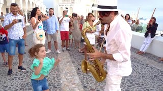 Download lagu All of Me - John Legend (with HAPPY CHILD) STREET SAX PERFORMANCE in Santorini