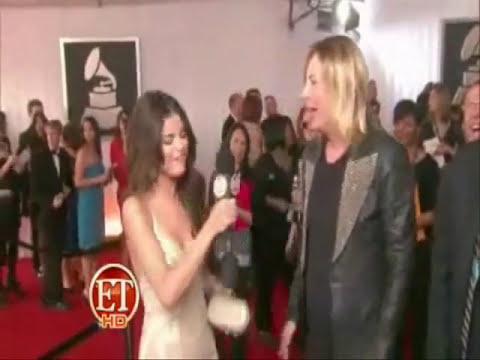Selena Gomez singing
