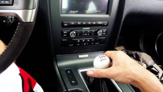 How to Drive a Stick Shift Manual Transmission Car - Expert Driver Reveals Technique