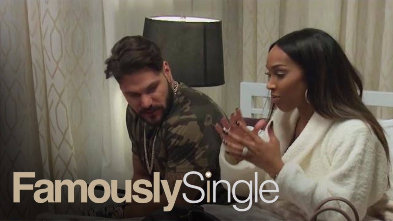 Ronnie Ortiz-Magro Finds Out Malika Haqq's Astrological Sign   Famously Single   E!