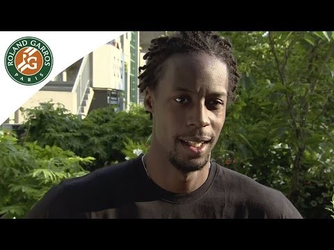 Monfils' reaction after his 2014 French Open R3 win