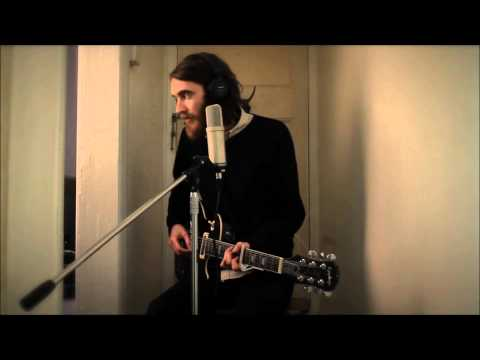 Keaton Henson - Strawbear - Hallway Session [HD]