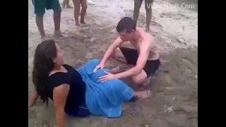 Beach Pe Hi Bacha Paida Ho Gaya