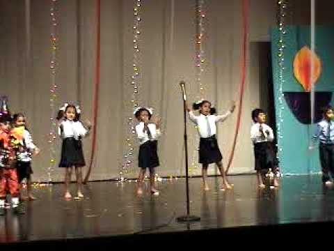 Nishika Dance on Bum Bum Bole (TZP) at IAC Columbus Indiana (...
