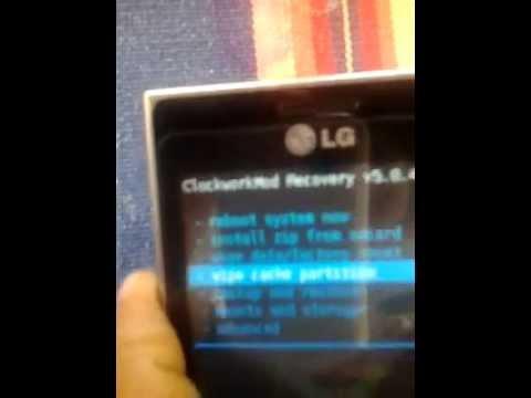 LG optimus L3 e400  cm9 (   latest ICS stable )
