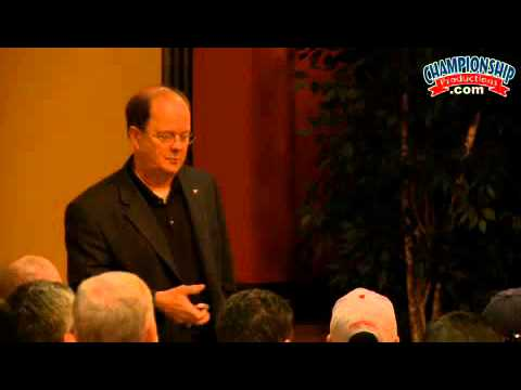 David Cutcliffe: Quarterback Technique & Passing Game Execution