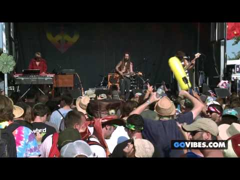 "Twiddle performs ""Mamunes the Faun"" at Gathering of the Vibes Music Festival 2013"