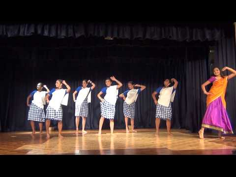 Aaranne Aarane Urumi Dance