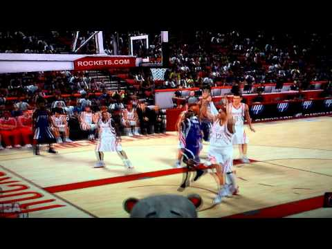 Isaiah Thomas highlights on NBA2K11 with the Sacramento Kings [HD]