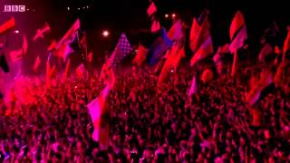 Kasabian - Vlad the Impaler (feat. Noel Fielding) Glastonbury 2014