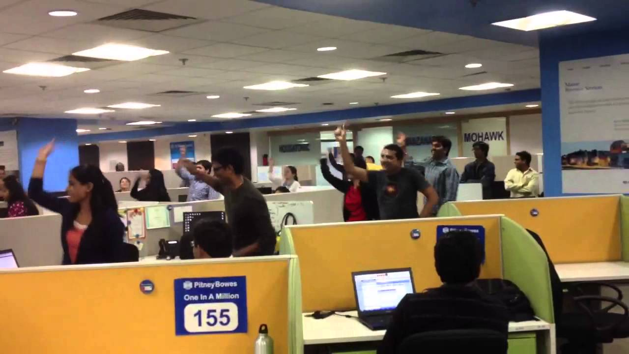 flash mob pitney bowes software india   youtube