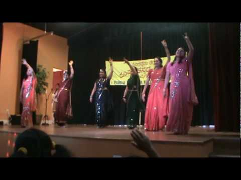 Kannada pampa koota michigan apthamitra song dance.MPG