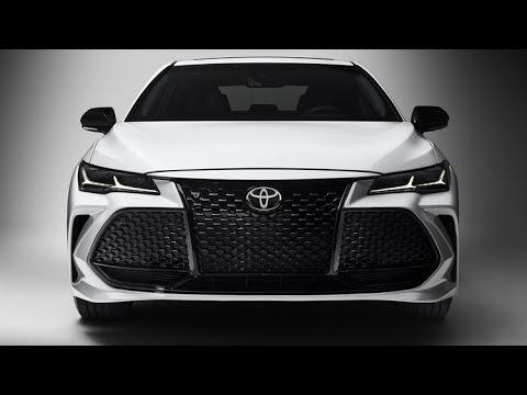 Toyota Avalon 2019. Первый обзор на русском