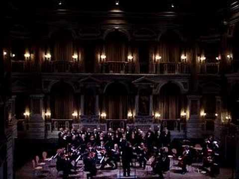Giacomo Puccini REQUIEM Coro Palestrina, Suzzara (Mantova) http://www.coropalestrina.it Archi dell'Orchestra Sinfonica dei Colli Morenici Direttore Lelio Capilupi http://www.leliocapilupi.it...