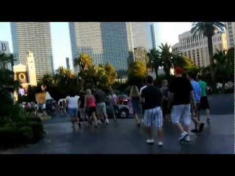 Paris & Hot babes, Las Vegas 2012-07-03