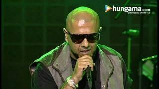 Aas Paas Khuda Vishal Shekhar Live Digital Concert 09 02 2011 Hd