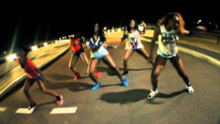 Busy Signal Bubble Up / VYBZ KARTEL bubble hard  by RALIIYAH - WHATS UP PRODUCTION - (SEPT 2012)