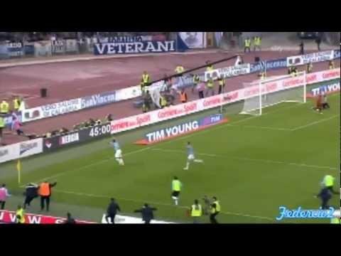 Lazio Rom vs AS Rom: Tor von Miroslav Klose (16/10/2011)
