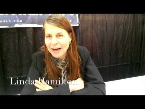 Comic Con Under Glass: Linda Hamilton & Chewbacchus
