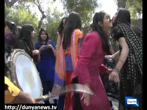 Dunya News-10-03-2012-spring Festival In Punjab College Lahore video