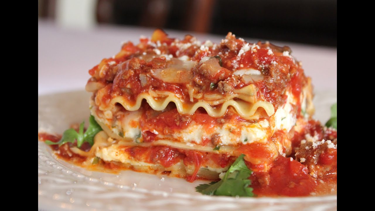 The best meat lasagna recipe how to make homemade for About italian cuisine