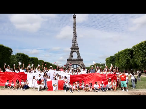 VIDEO OFICIAL DEL SEGUNDO FLASH MOB MARINERA EN PARIS 2013
