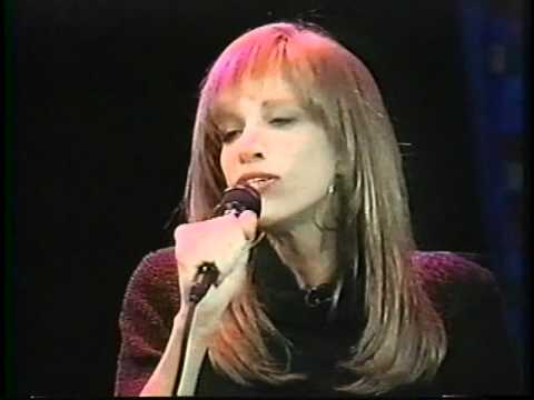 Carly Simon - Spring Will Be A Little Late This Year