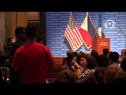 Protesters interrupt Aquino forum at US university