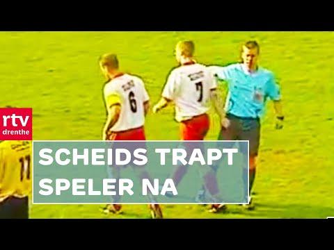 VOETBAL - Scheidsrechter Niels Zeeman uit Sneek heeft zichzelf in de schijnwerpers gezet. In de wedstrijd tussen SC Erica en SVBO probeert Zeeman ogenschijnl...