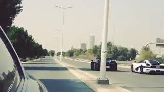 Lamborghini vs Porsche super car race