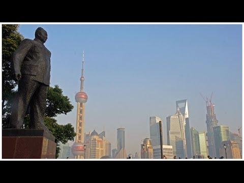 Walking The Shanghai Bund