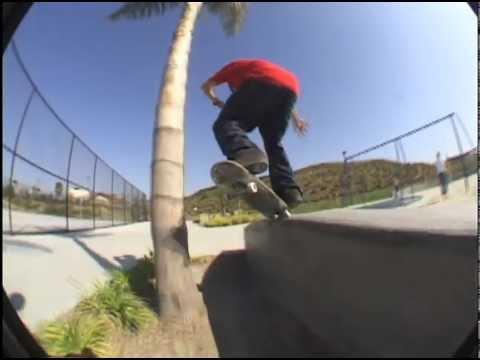 "Rodrigo Petersen, Rodrigo Lima, Gui Zolin SYN Skateboarding Clips ""Viva Brasil"" 2003"